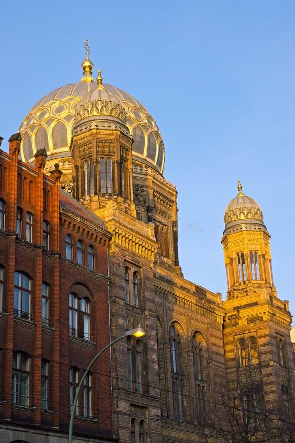 Die schöne neue Synagoge in Berlin stockbild