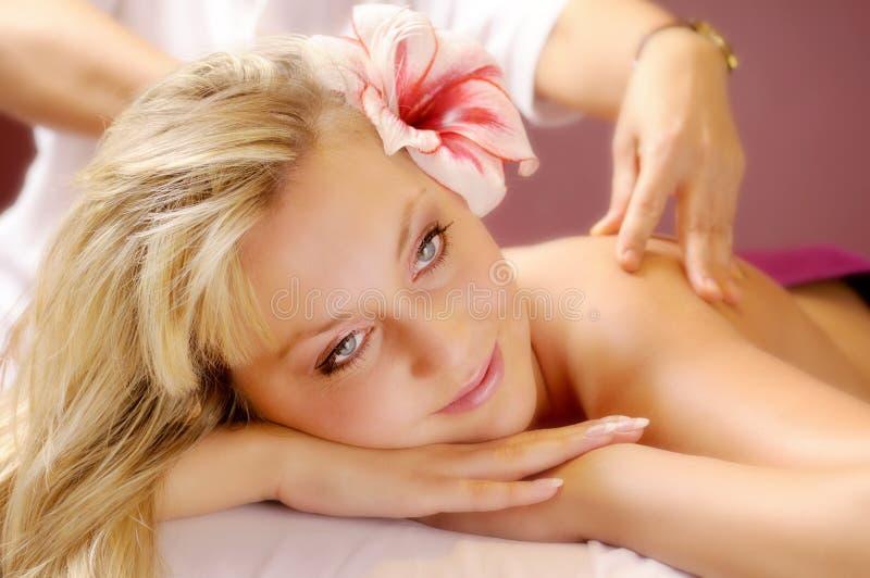 Die siamesische Massage lizenzfreie stockbilder