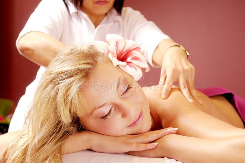 Die siamesische Massage lizenzfreie stockfotografie