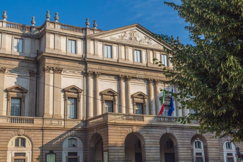 Die Skala von Mailand lizenzfreie stockfotos