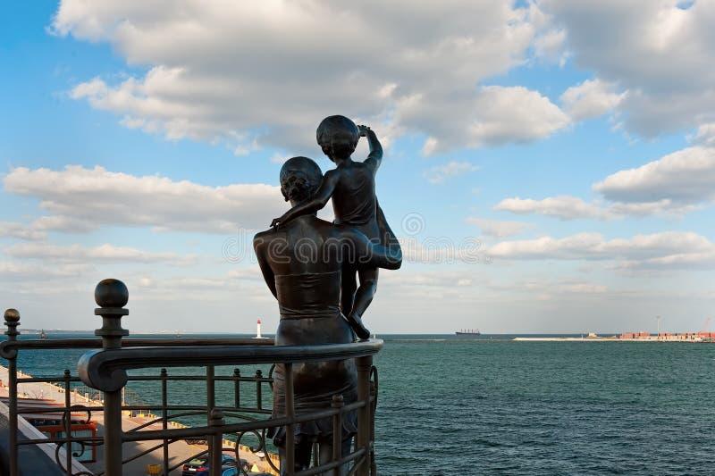 Die Skulptur zur Frau des Seemanns in Odessa, Ukraine stockfotos