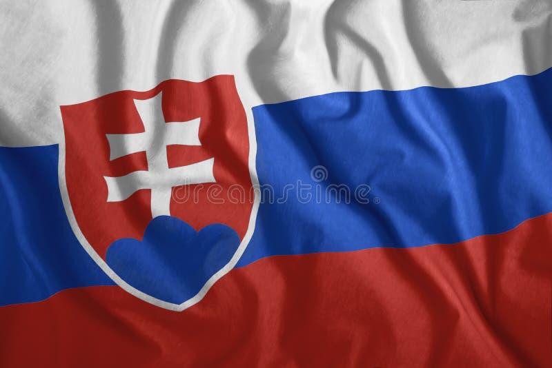 Die slowakische Flagge flattert im Wind Farbenfrohe Nationalflagge der Slowakei Patriotismus, ein patriotisches Symbol stock abbildung