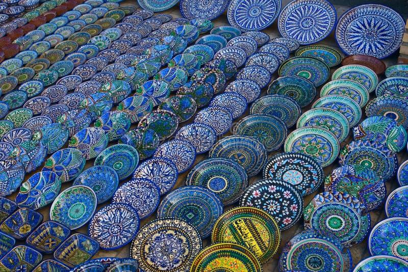 Die souvehirs im Markt in Buhara stockfotografie