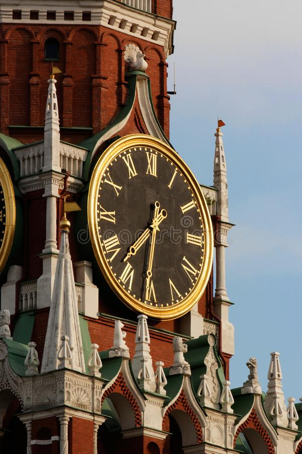 Die Spasskaya-Turm ` s Uhr stockfotografie