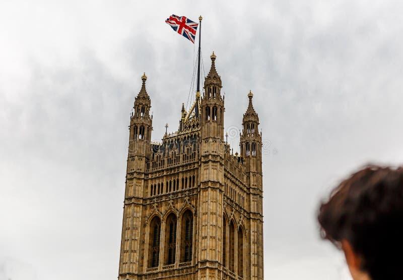 Die Spitze von Victoria Tower, der Höhepunkt des Palastes von Westminster stockbilder
