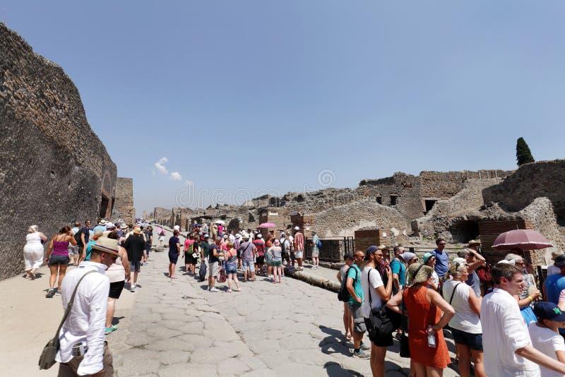 Die Stadt alter römischer Stadt Pompeiian nahe Neapel stockbilder