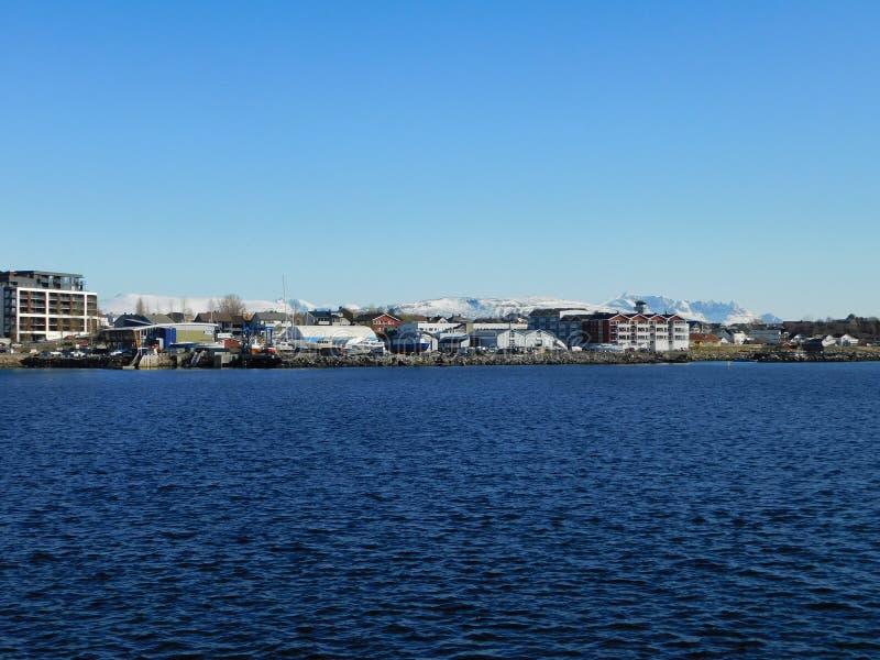 Die Stadt von Bodo, Ansichtform das Wasser lizenzfreies stockfoto