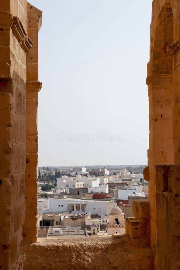 Die Stadt von EL Djem in Tunesien stockfotos