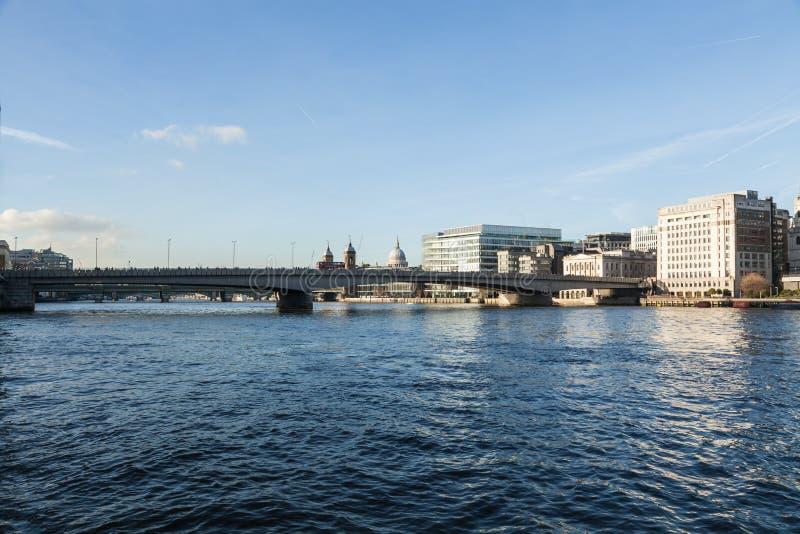 Die Stadt von London-Panorama lizenzfreies stockbild