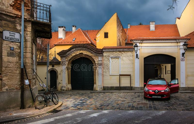 Die Straßen der alten Stadt von Zagreb kroatien stockfotos