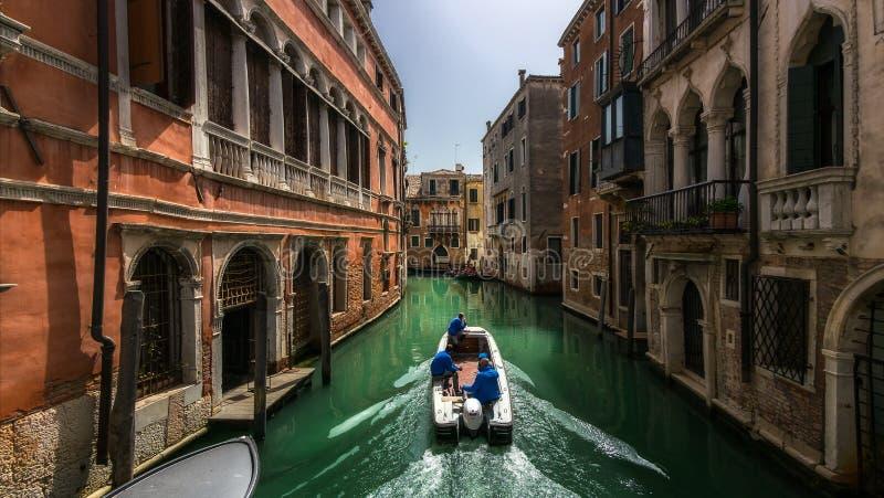 Die Straßen von Venedig Italien stockbild