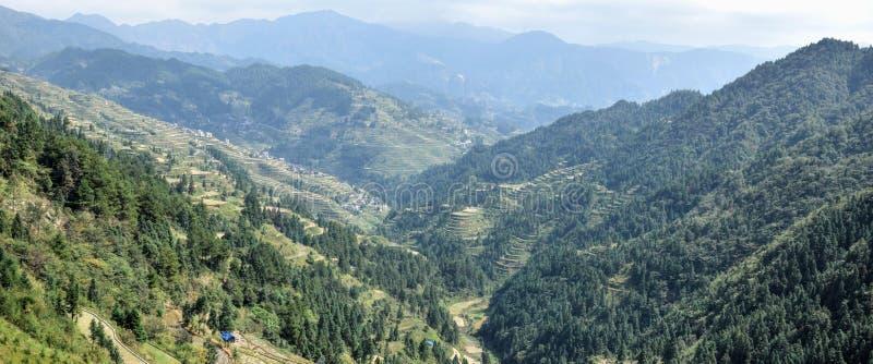 Die terassenförmig angelegten Reisfelder in Guizhou-Provinz in China stockbild