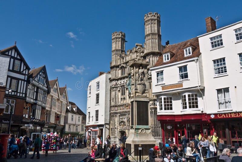 Die Tore von Canterbury Kathedrale und Buttermarket lizenzfreie stockfotografie