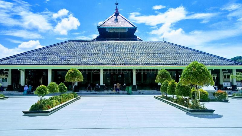 Die traditionelle Moschee in Indonesien Masjid Demak stockfotografie