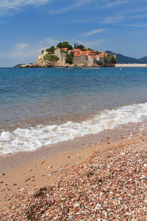 Die Trauminsel von Sveti Stefan in Budva Riviera lizenzfreie stockfotos