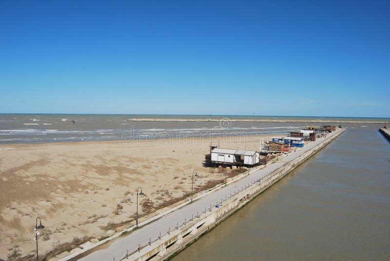 Pescara Strand die ufergegend und der strand pescara stockbild bild sand