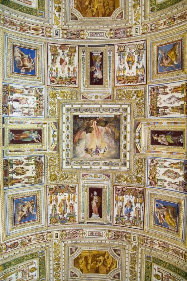 Die Vatikan-Museen, Musei Vaticani, sind die allgemeinen Kunst- und Skulpturmuseen in der Vatikanstadt, die Anzeigenarbeiten vom  lizenzfreie stockfotos