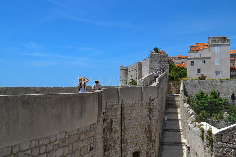 Die Wände der Festung (Dubrovnik, Kroatien) stockfotos