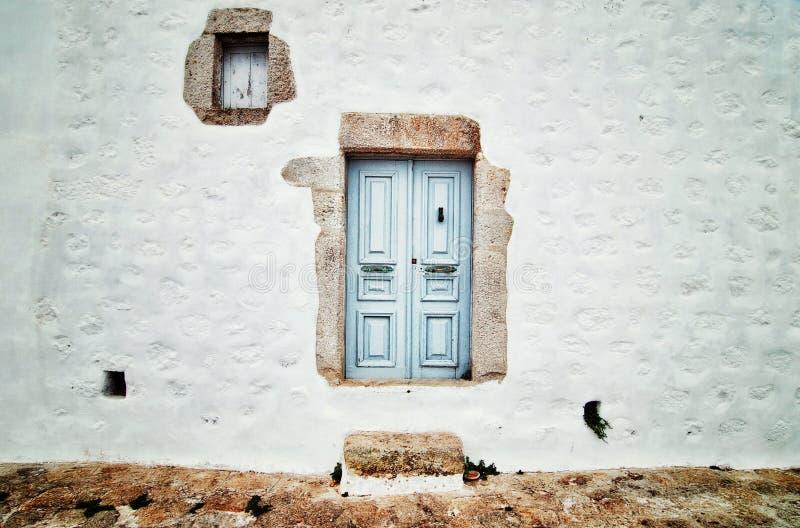 Die weiße Wand lizenzfreie stockfotografie