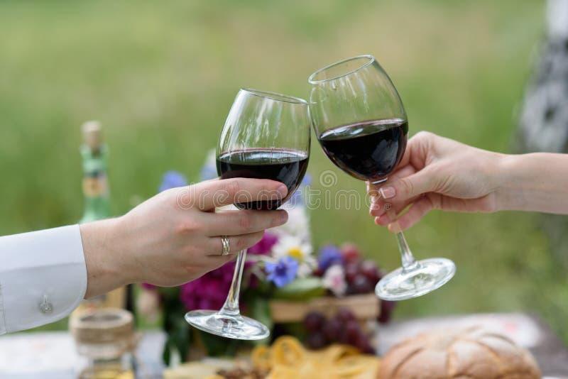 Die Weingläser lizenzfreie stockfotografie