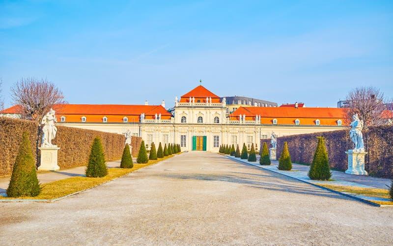 Die Weise zum niedrigeren Belvedere in Wien, Österreich stockbild