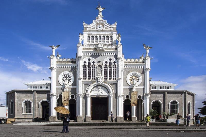 Die Westfront des  ` Basilika Nuestra Señora de Los à ngeles `, Cartago, Costa Rica lizenzfreies stockbild