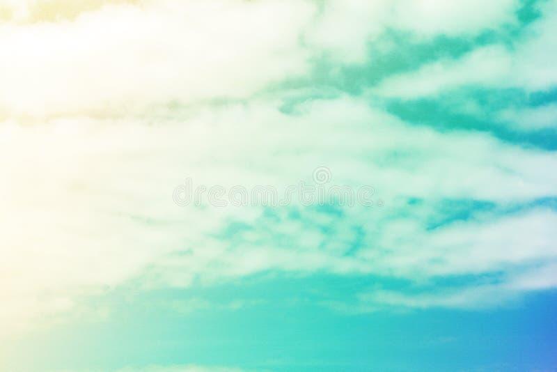 Die Wolken im Himmel stockfoto