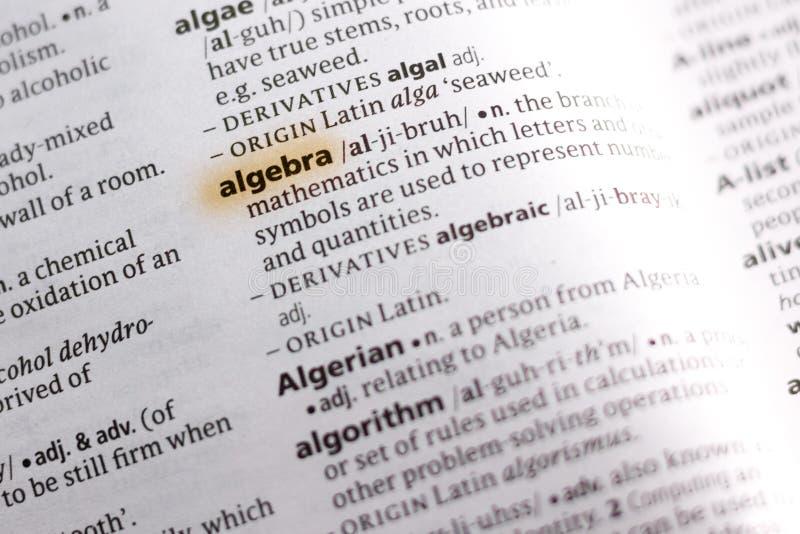 Die Wort oder Phrase Algebra in einem Wörterbuch stockfotos