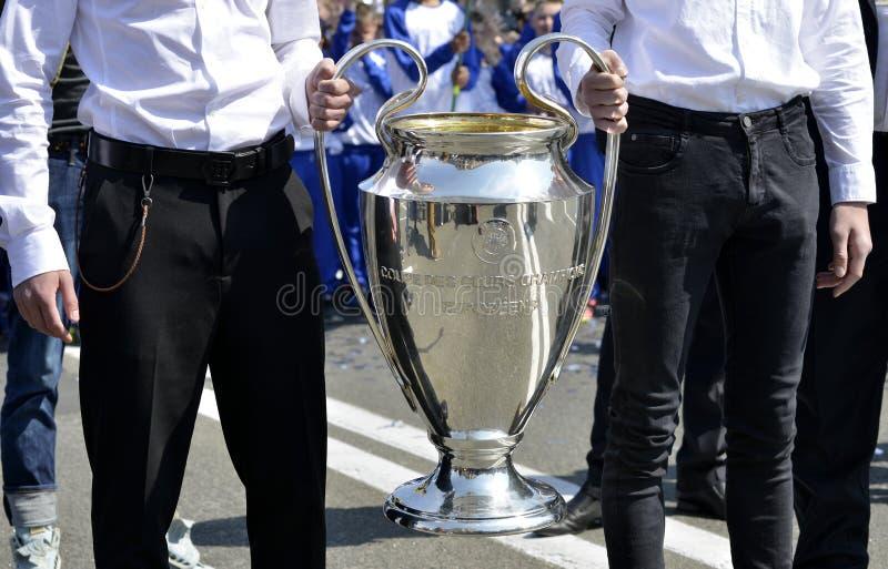 Die Zeremonie, zum der Cups der Männer ` s UEFA-Meister-Liga zu Kyiv zu überreichen stockbilder