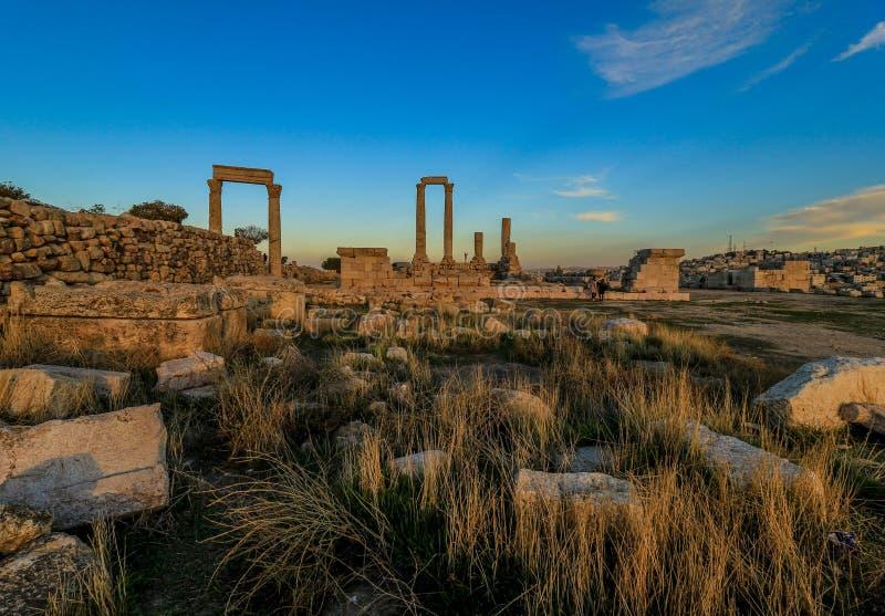 Die Zitadelle Amman, Jordanien unten Stadt lizenzfreies stockfoto
