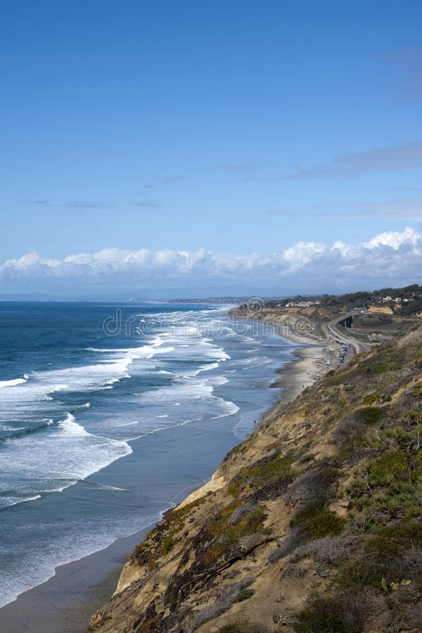 Diego-Küstenlinie mit der Ozean-Wellen lizenzfreies stockfoto