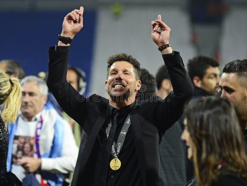 Diego Simeone con la medaglia del vincitore della lega di europa dell'UEFA immagini stock libere da diritti
