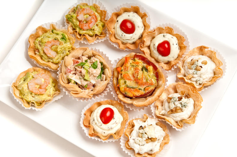 Dienblad van canapes stock foto
