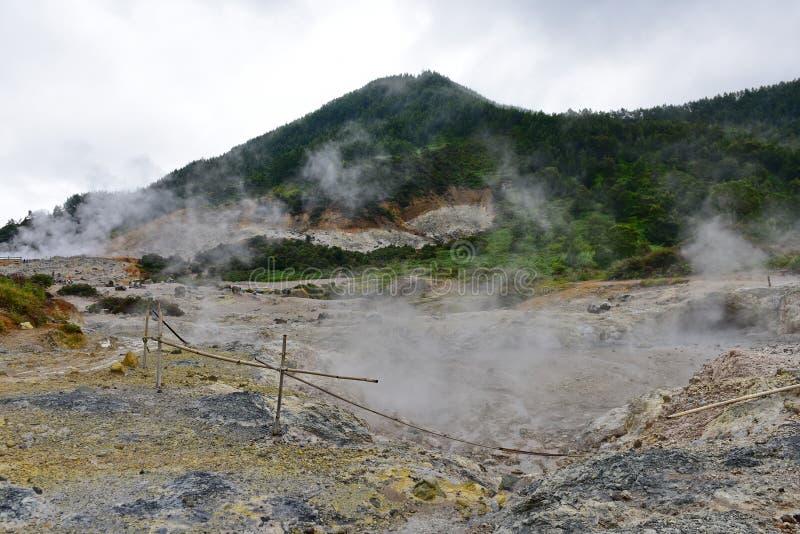 Dieng plateau geotermiczny teren obraz stock
