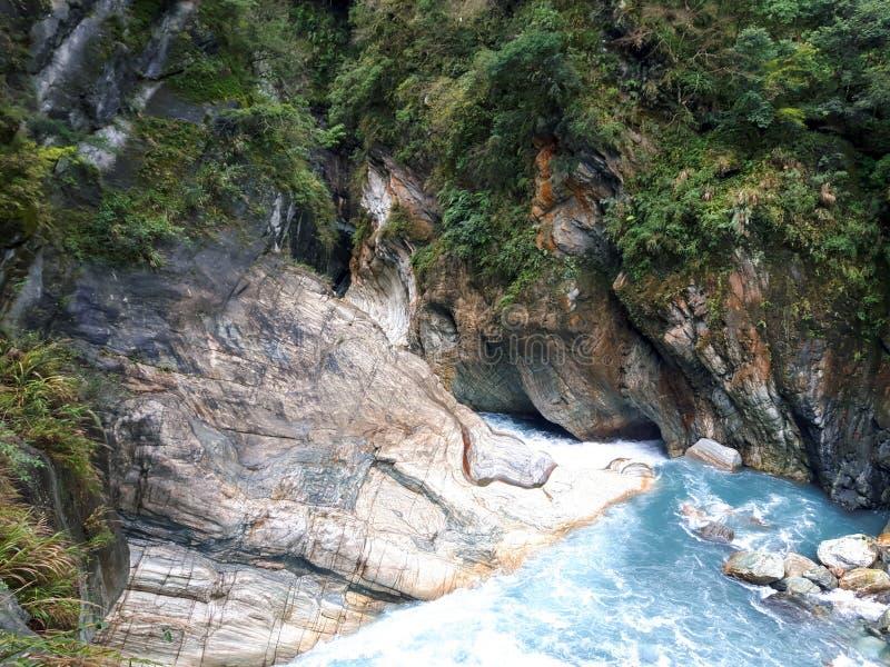 Diep op Taroko - de oude hydro-elektrische elektrische centrale royalty-vrije stock foto