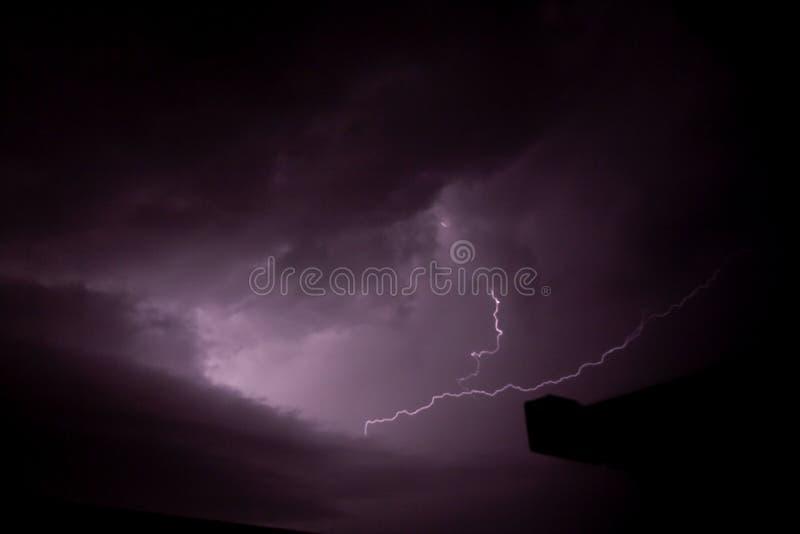 Diepe wolkenmening van het onweer met flits royalty-vrije stock fotografie