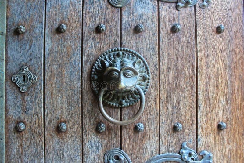 Dierlijke deurkloppers stock afbeeldingen