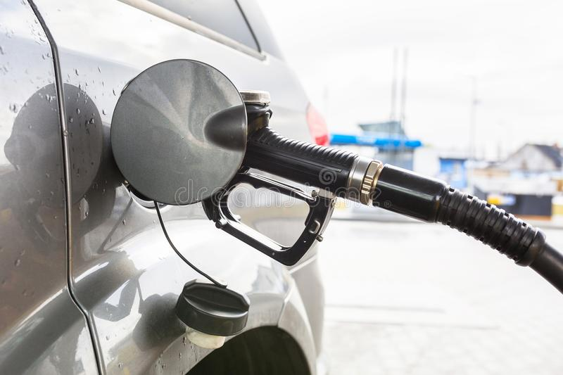 Diesel autonieuwe vulling stock foto