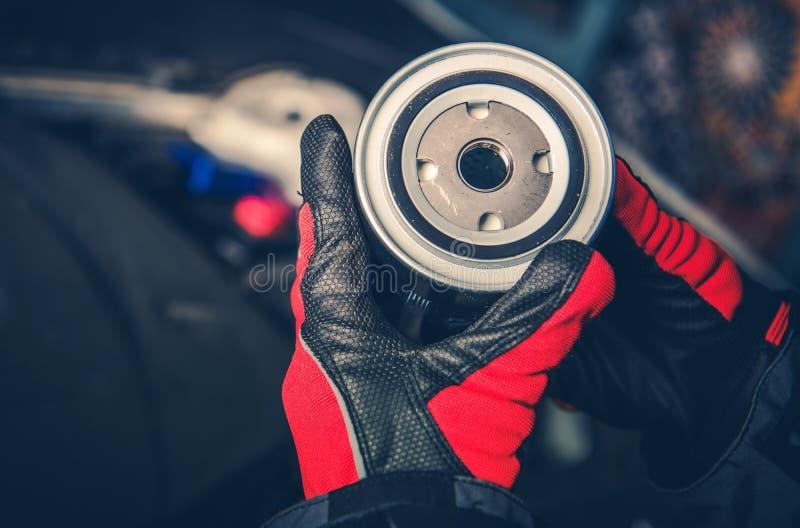 Dieselmotor-Ölfilter stockfotos