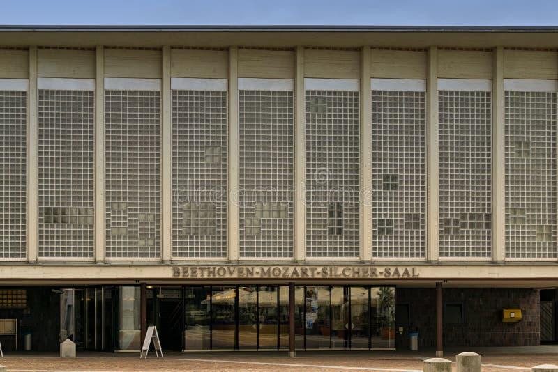 Dieser Ort ist ein Teil des großen Liederhalle mitten in Stuttgart lizenzfreie stockfotos