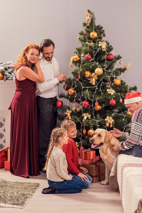Dieses ist der glücklichstes Weihnachtstag stockfotos