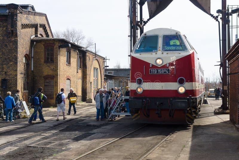 Dieslowskiej lokomotywy DR klasa 119 ('23rd Sierpniowe' Bucharest lokomotywy pracy) zdjęcia stock