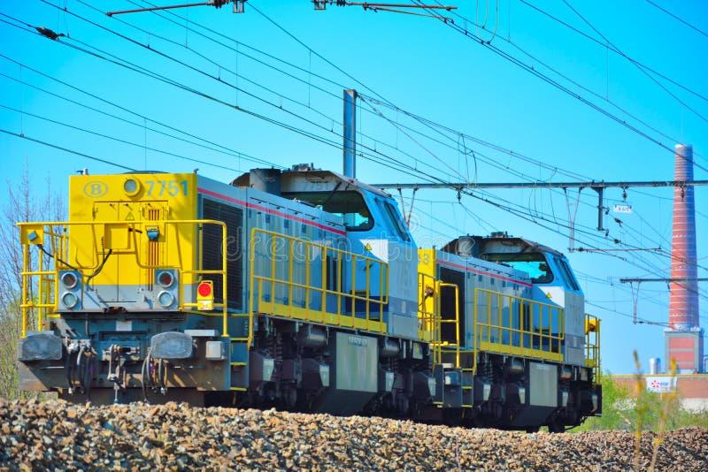 Dieslowskiej lokomotywy przejażdżka za miastem Ghent obrazy stock