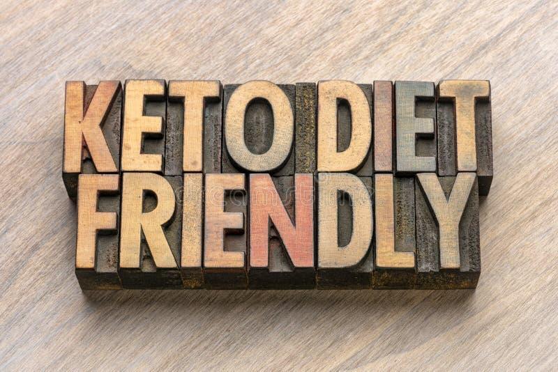 Dieta del Keto amistosa en el tipo de madera imagenes de archivo