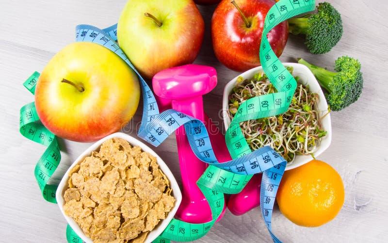 Dieta saudável, perda de peso - conceito de comer saudável imagem de stock