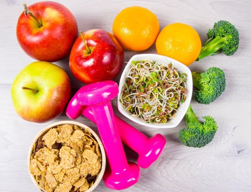 Dieta saudável, perda de peso - conceito de comer saudável imagens de stock royalty free
