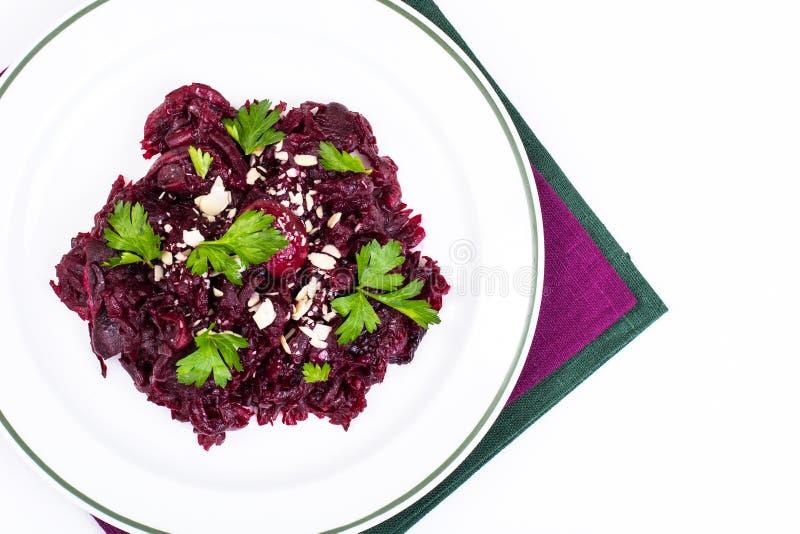 Dieta saudável Salada com beterrabas foto de stock