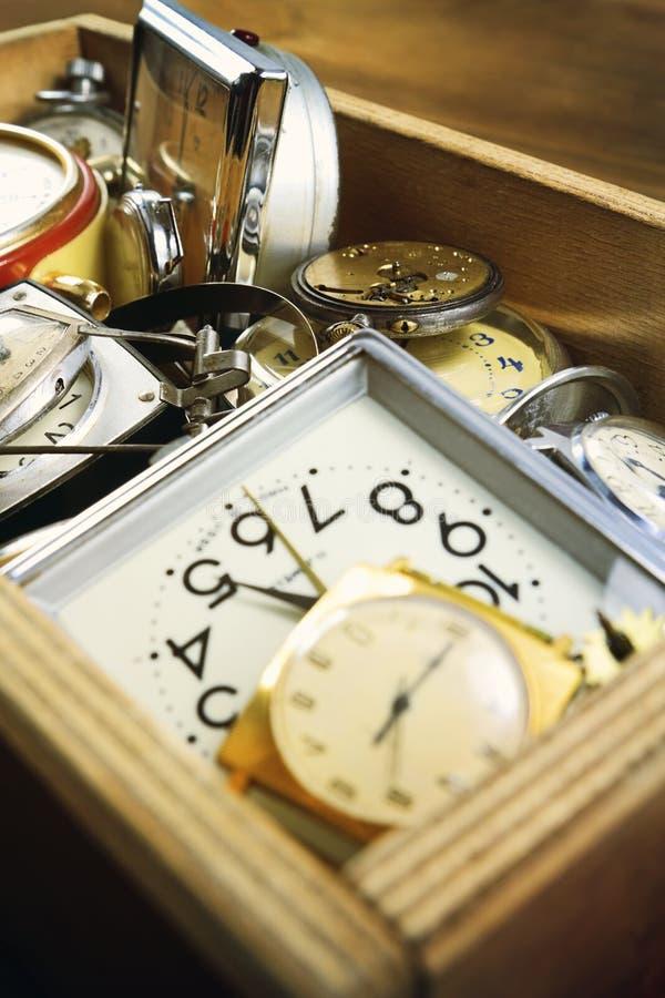 Diferente reloj mecánico vintage imagenes de archivo