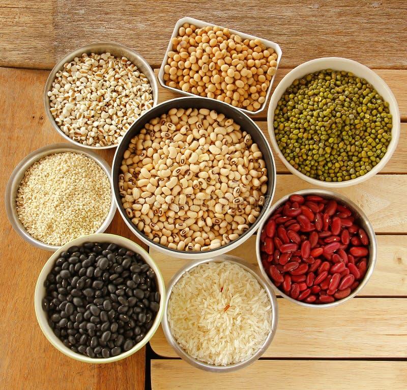 Diferentes tipos de granos foto de archivo imagen de for Tipos de granitos
