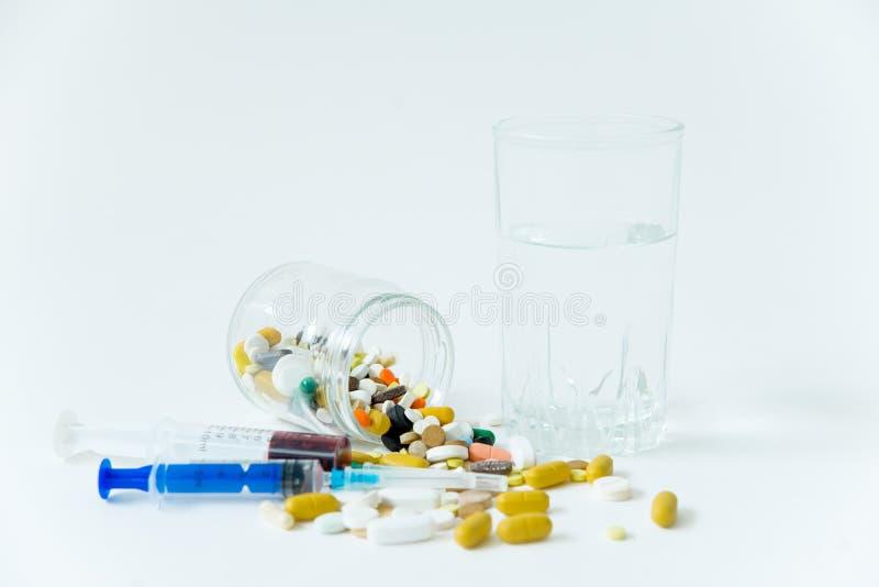 Différentes drogues de médecine, pilules, comprimés Pilules pharmaceutiques de médecine photo stock